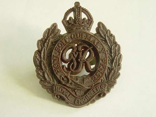 Click image for larger version.  Name:Royal Engineers Plastic cap badge..jpg Views:2855 Size:193.4 KB ID:335442