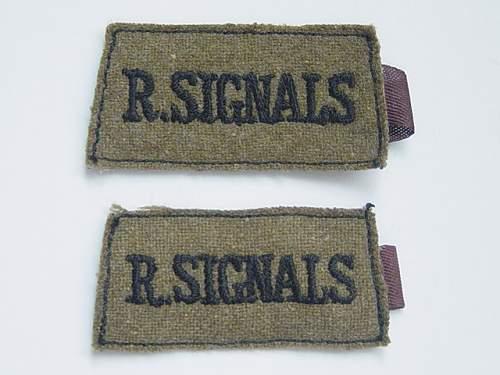 Click image for larger version.  Name:Royal Signals slip on shoulder titles..jpg Views:76 Size:143.9 KB ID:337041