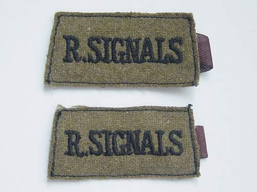 R SIGNALS early war cloth slip-on BD titles