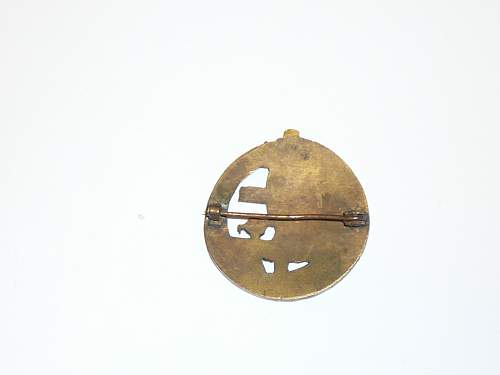 Unkown free french badge