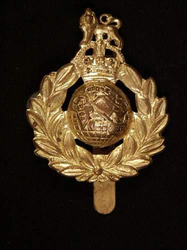 British Cap Badges WWII?