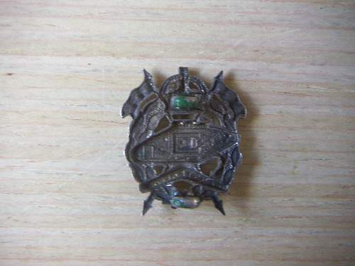 Click image for larger version.  Name:WW2 Australian Armoured Hat badge 2.jpg Views:589 Size:192.2 KB ID:463871