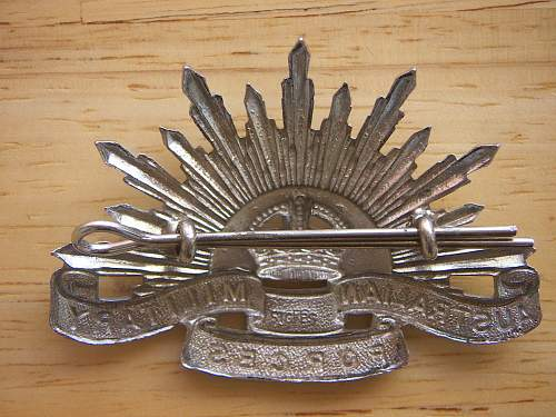 Australian 4th Pattern General Service Hat Badge. Stokes