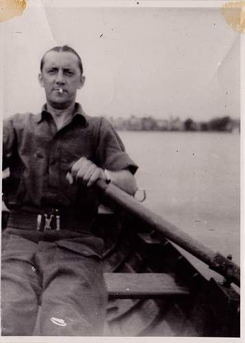 Click image for larger version.  Name:Ted in service on a boat.jpg Views:96 Size:78.9 KB ID:497621
