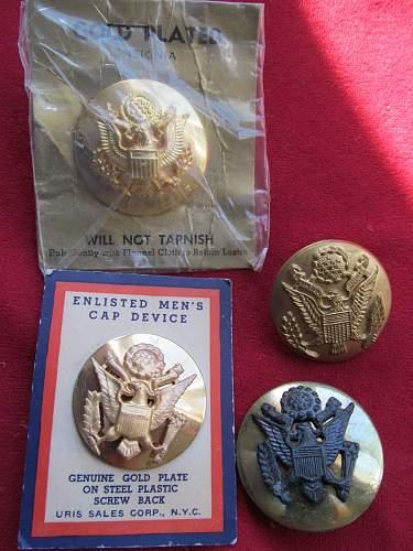 Anyone collect us em cap badges