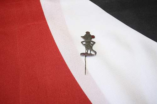 mickey mouse pin u.s army