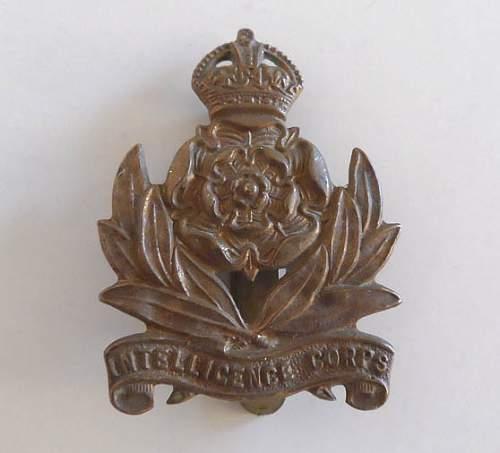 Unknown regimental badge