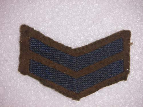 Click image for larger version.  Name:WW2 AIF Overseas chevron 2 years 1.jpg Views:116 Size:281.7 KB ID:534851