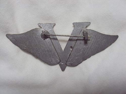 Majors insignia & wings ?