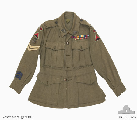 Name:  ww2%20tunic%202nd%204th%20light%20anti%20aircraft%20regiment%20AIF[1].jpg