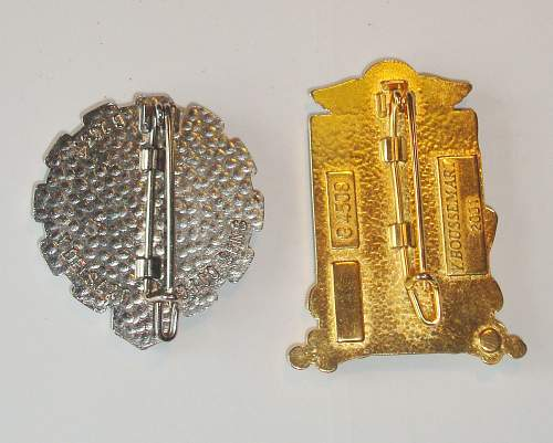 can Anyone id these badges? French? croatian?