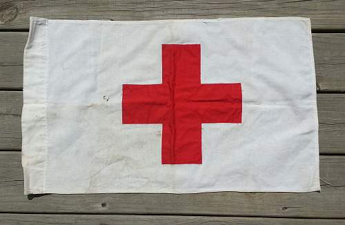 Field medic/ Red Cross flag,WW2 ?