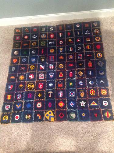 WW2 Quilt found - mostly if not all USunits, but I need help identifying
