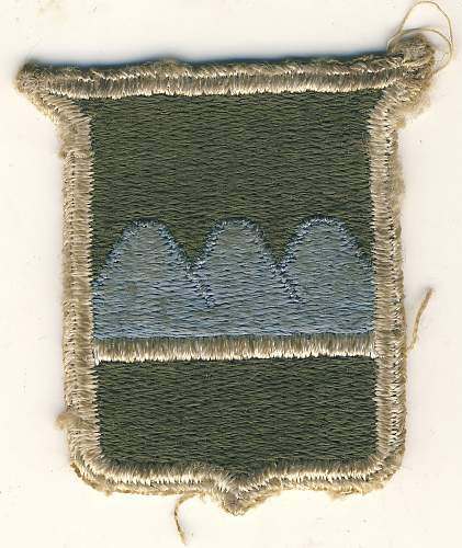 patch help with identification crest with mountain range peaks on it