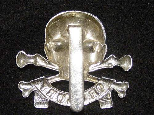 """""""The Motto"""": 17th/21st Lancers cap badge"""