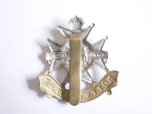 Click image for larger version.  Name:Sherwood Foresters cap badge reverse..jpg Views:173 Size:130.4 KB ID:61979