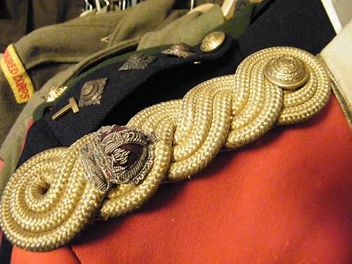 Click image for larger version.  Name:Welsh tunic SB detail.jpg Views:26 Size:221.3 KB ID:650283