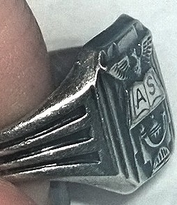 Help ID This Ring
