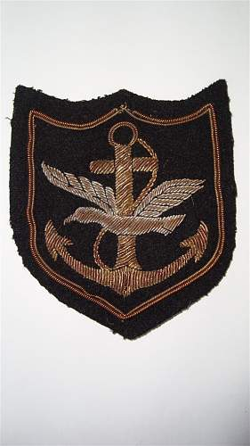 Can someone identify this cloth badge?