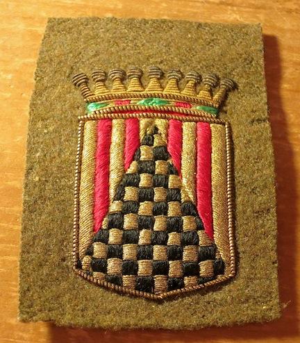 Bullion arm badge on od wool - what's it?