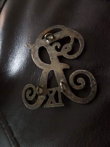 Anyone know this badge?