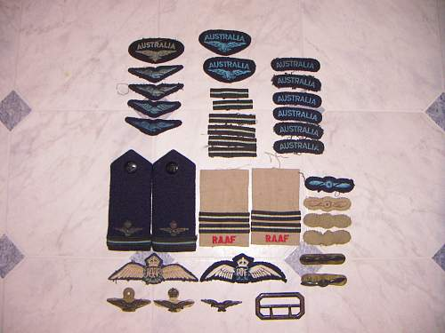 Click image for larger version.  Name:WW2 Korea RAAF insignia lot 1.jpg Views:116 Size:222.9 KB ID:749707