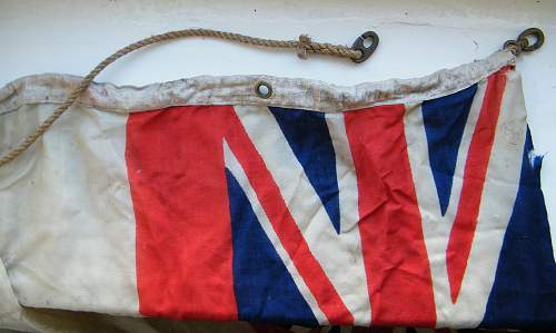 Click image for larger version.  Name:RN white ensign #2.jpg Views:36 Size:224.9 KB ID:750787