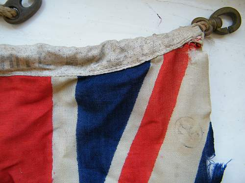 Click image for larger version.  Name:RN white ensign #4.jpg Views:95 Size:225.0 KB ID:750791