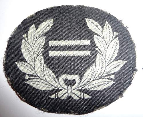 WW2 ROYAL OBSERVER CORPS(officers cap badges & other bits)