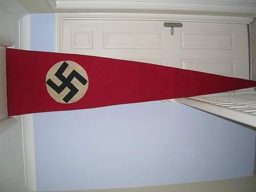 Very large pennant. Any idea,s?