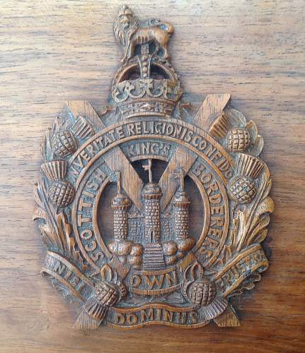 Click image for larger version.  Name:Cigarrette box lid with KOSB cap badge.jpg Views:27 Size:228.5 KB ID:910693