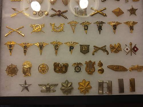 WWII US Army Officers Insignia display