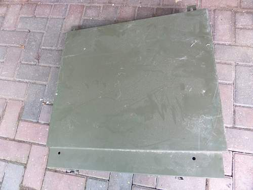 Help needed with British Army storage box