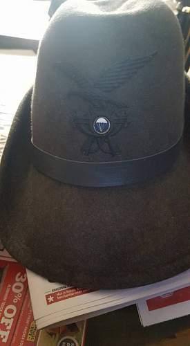 Italian Parachute cap?