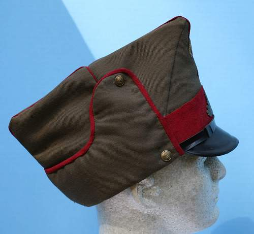 Italian or axis hat. Please help in identification