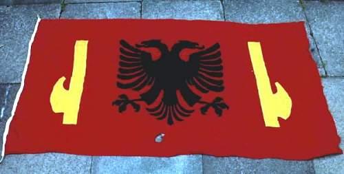 Click image for larger version.  Name:albocuflag.jpg Views:189 Size:26.1 KB ID:29330