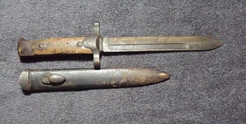 Italian bayonet ??