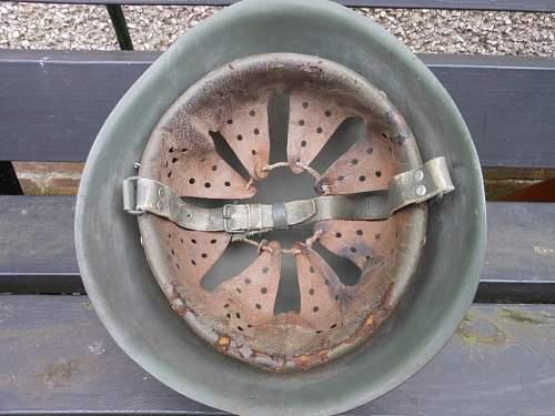 M33 Italian artillery helmet
