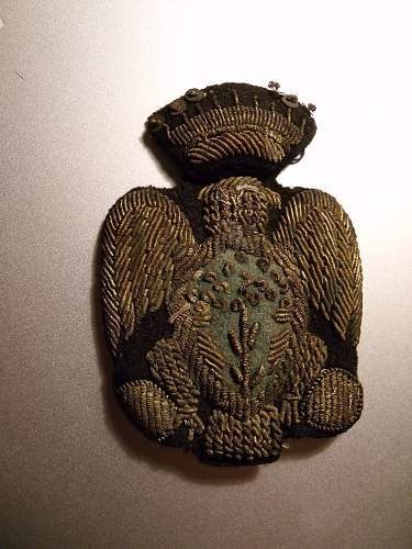 Identification of unknown cloth eagle (possibly Italian)