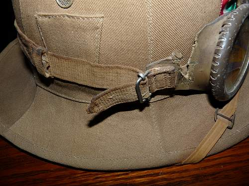 Click image for larger version.  Name:pith helmet interior 004.jpg Views:2358 Size:254.6 KB ID:84757