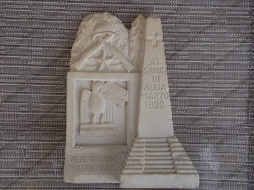 Stone monument: need help identifying