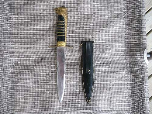 Is this dagger Italian?