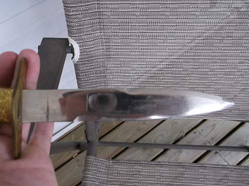 Is this dagger Italian?