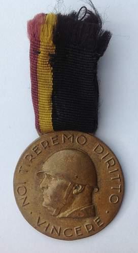 Medal for GUF Volunteers, Rome version.