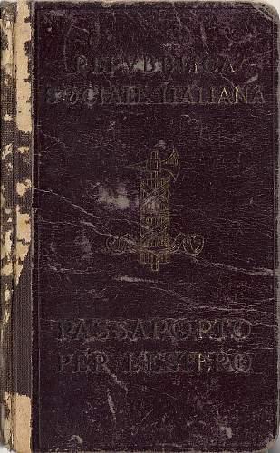 1945 RSI passport