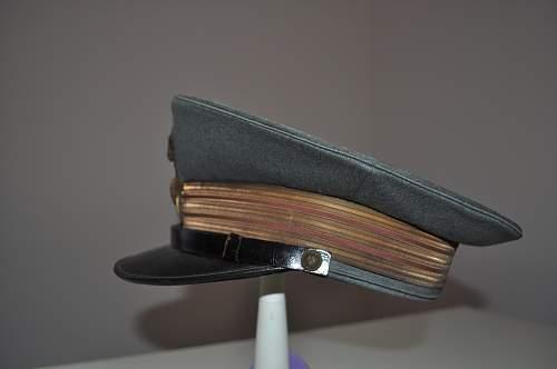 Italian M1934 peaked cap