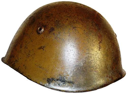 Italian M33 helmet - war or postwar issue?