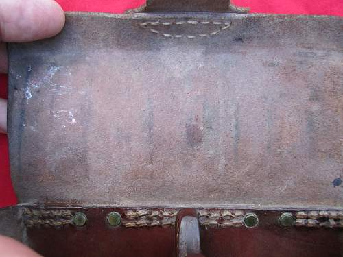 Japanese Rear Ammo Pouch Missing Oiler