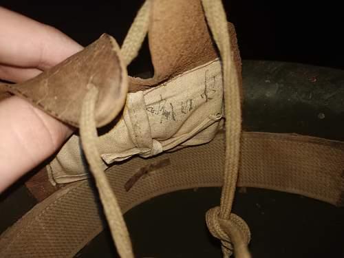 Writing in type 90 helmet linner pad