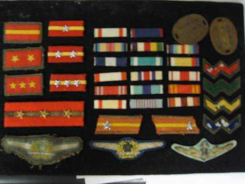 Japanese rank, ribbons and pilots badges ID please